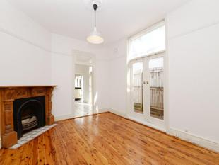 QUEEN ST TERRACE AVAILABLE FOR 6 MONTH LEASE - Woollahra