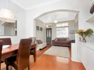 Charming Two Bedroom Terrace in Prime Locale - Surry Hills