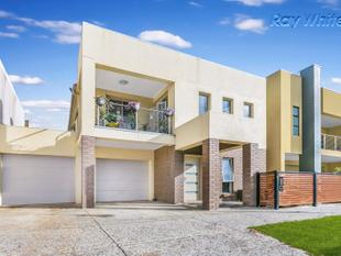 Family Living In Mawsons Central - Mawson Lakes