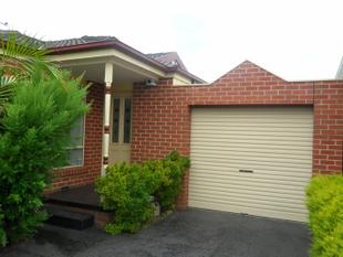 Single Level & 3 Bedrooms - Oakleigh East