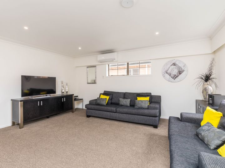 2/1A Rimu Road, Mangere Bridge, Manukau City