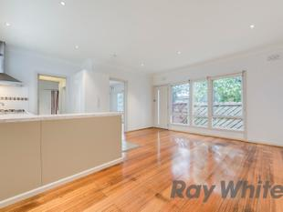First class unit  top class location - Mordialloc