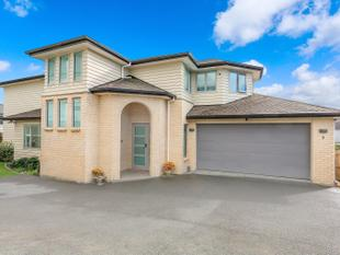 Near new luxury brick & weatherboard - Silverdale
