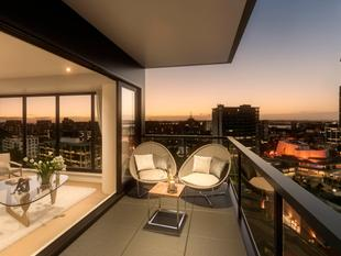 PENTHOUSE ON QUEEN STREET $1000 DEPOSIT + - Auckland Central