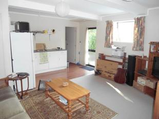 One bedroom flat - Te Atatu South