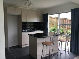NEW TWO BEDROOM UNIT UNDER MAIN HOUSE - Glenfield