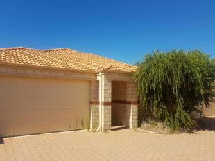 Partly Furnished 3 Bedroom, 2 Bathroom Villa in Quiet Complex! - East Cannington