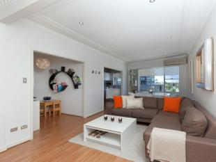 Beautifully Renovated - Sans Souci