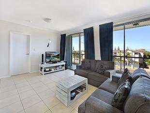 Spacious Unit - Walk To The Beach - Will Be Sold! - Mermaid Beach