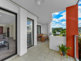Beautifully Renovated And Priced Well To Sell Quickly!! - Bowen Hills
