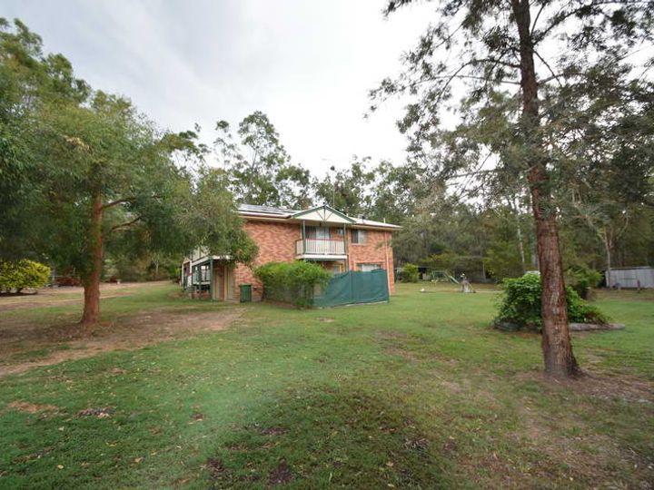 148 Pine Crescent, Esk, QLD