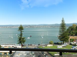 THE HUB OF THE MOUNT WITH 2 CARPARKS - AUCTION WEDNESDAY - Mount Maunganui
