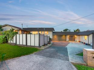 FINAL VIEWING - GENUINE HOME & INCOME - Bucklands Beach