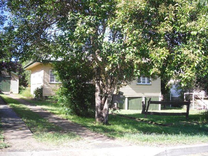 22 South Street, Esk, QLD