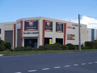 Street Front Unit with Corner Exposure - Tweed Heads South