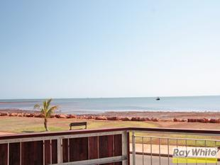 OCEAN FRONT APARTMENT - FULLY FURNISHED - Onslow