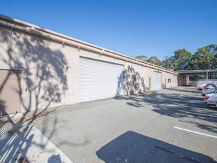 Industrial Warehouse Seeking Tenant! - Molendinar