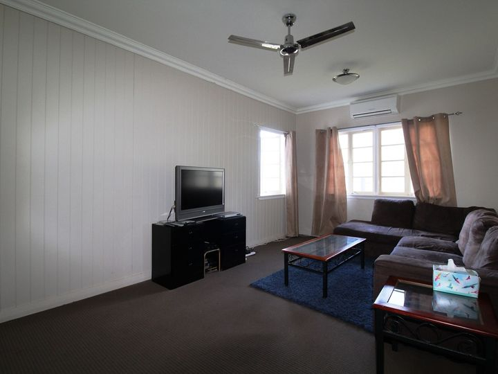 70 Dingyarra Street, Toogoolawah, QLD