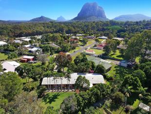 Tranquil Hideaway With Glass House Mountain Views - Beerburrum