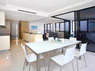 Beautifully Presented 3 Bedroom Apartment! - Broadbeach