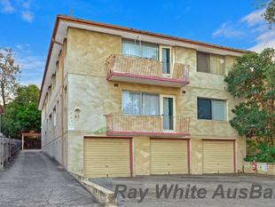 One of a kind! Fully Renovated 115 sqm Unit with Private Court yard! - Lakemba