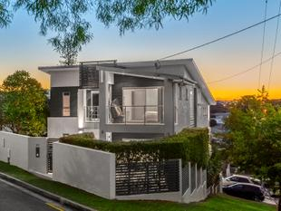 Epitome of Stylish Inner City Living - Norman Park
