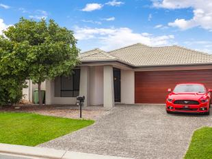 The best and most simple 4 bedroom, 2 lounge room home for sale! - North Lakes