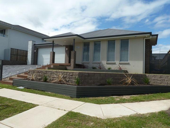 17 Highdale Terrace, Glenmore Park, NSW