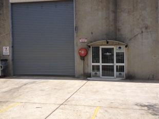 179m Industrial Unit In Brendale - Brendale