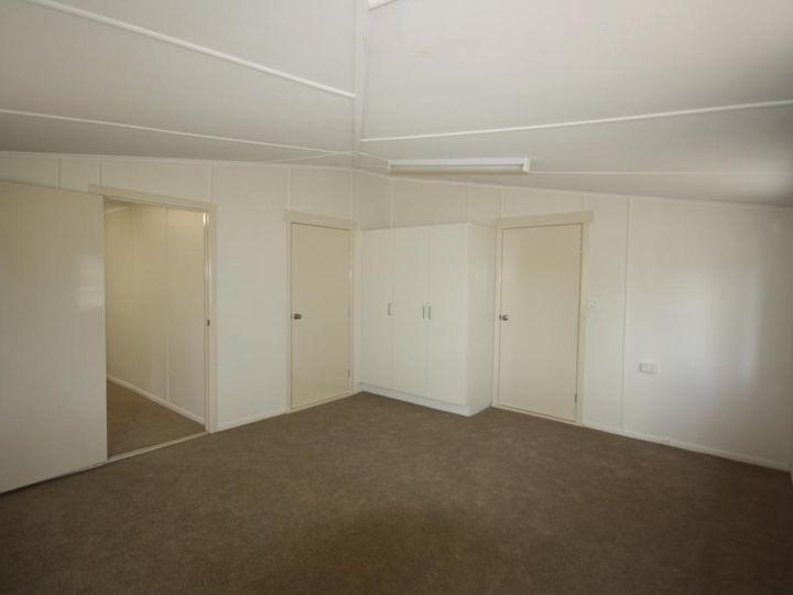 25 Stuart-Russell Street, Mundubbera, QLD