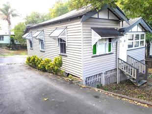 Charming 3 Bedroom Home  **Pets approved upon application** - Taringa