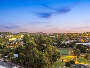 Never-Ending Views! - Greenslopes
