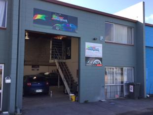 CHEAP & SECURE INDUSTRIAL UNIT - Tauranga