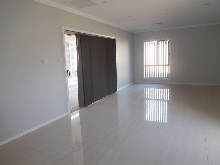 74 Graham Avenue, Casula, NSW