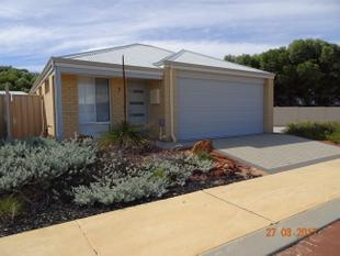 Modern 2 x 2 unit - Jurien Bay