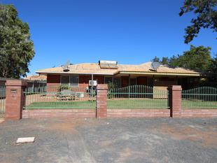 Spacious and bright brick home set on a fully fenced secure block - South Hedland