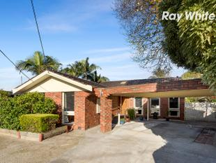 Well-Appointed, Relaxed, and Ready For All Buyers! - Dingley Village