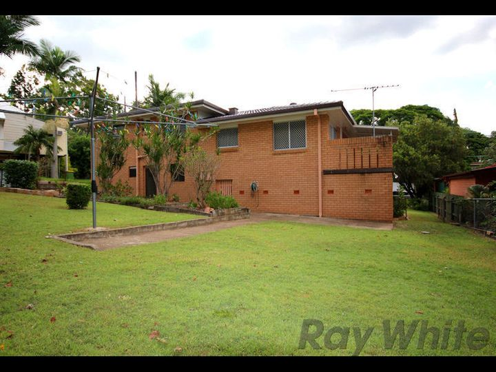 18 Horan Street, Woodend, QLD
