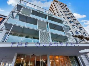 1 bedroom plus a secure carpark in Quadrant' - Auckland Central