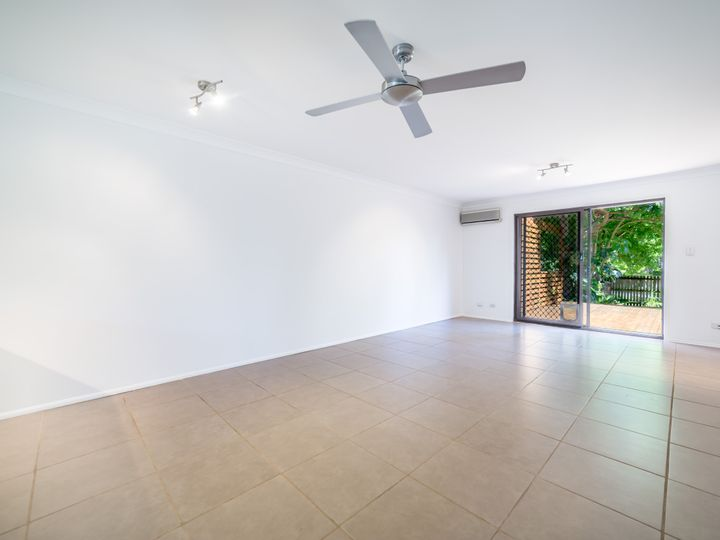 14/145 Government Road, Labrador, QLD