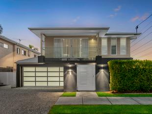Spacious Family Home Ideally Located Steps to Bulimba's Lifestyle Strip - Bulimba