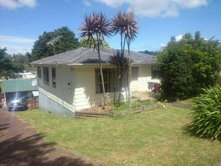 Three bedroom family home ! - Glen Eden