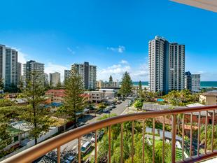 Renovator In Alexander Apartments Must Be Sold - Surfers Paradise
