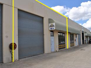 340m2  Tilt Panel Warehouse on Pacific Hwy - Slacks Creek