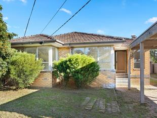 Spacious & Lightfilled 4 Bedroom Pet Friendly Home! - Seaford