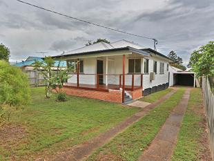 Spacious PET FRIENDLY Modern Property - Rumpus Room - Zillmere
