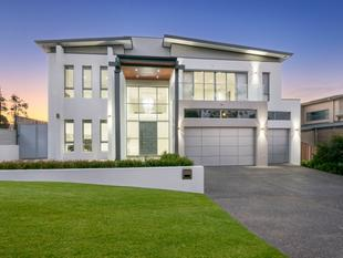 Ultimate in Luxury Living & Convenience - Kellyville