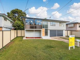 Highset situated in the popular suburb of Wishart. - Wishart