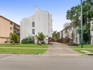 Nest or Invest in this Central Location. - Warwick Farm