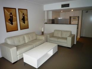 Modern, Two Bedroom, Unfurnished Apartment - Manly